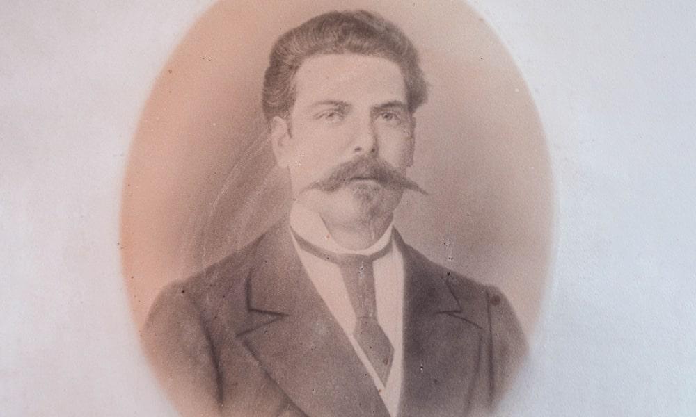 1845-min